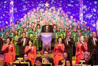 free entertainment epcot candlelight processional