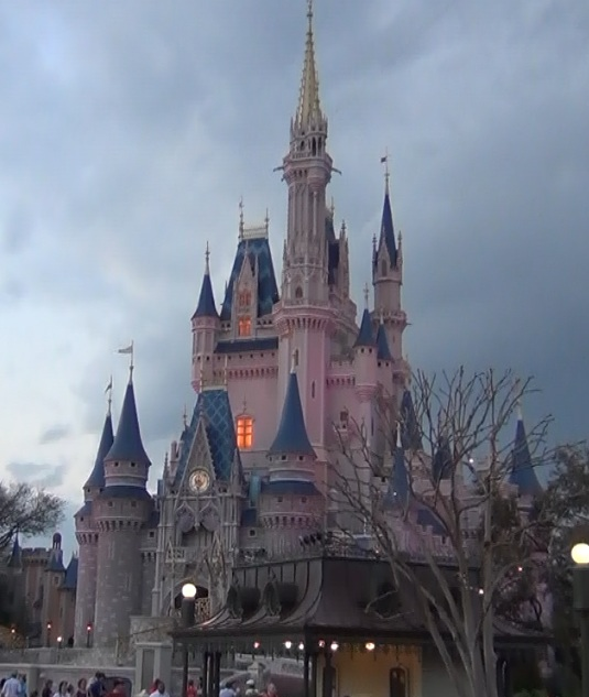 iconic-Cinderellas-Castle-Walt-Disney-World-Florida-lit-up-in-pink