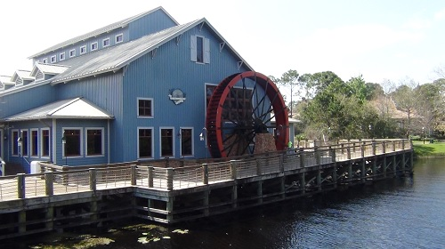 port-orleans-riverside-paddle wheel
