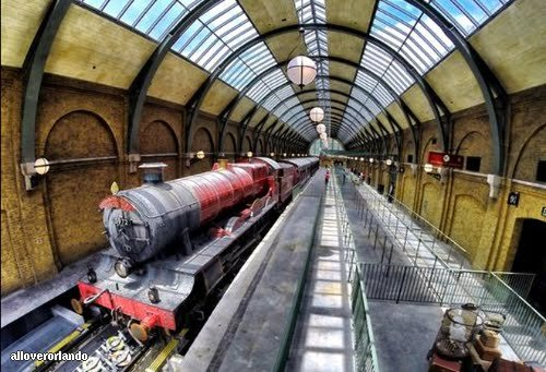Diagon Alley train