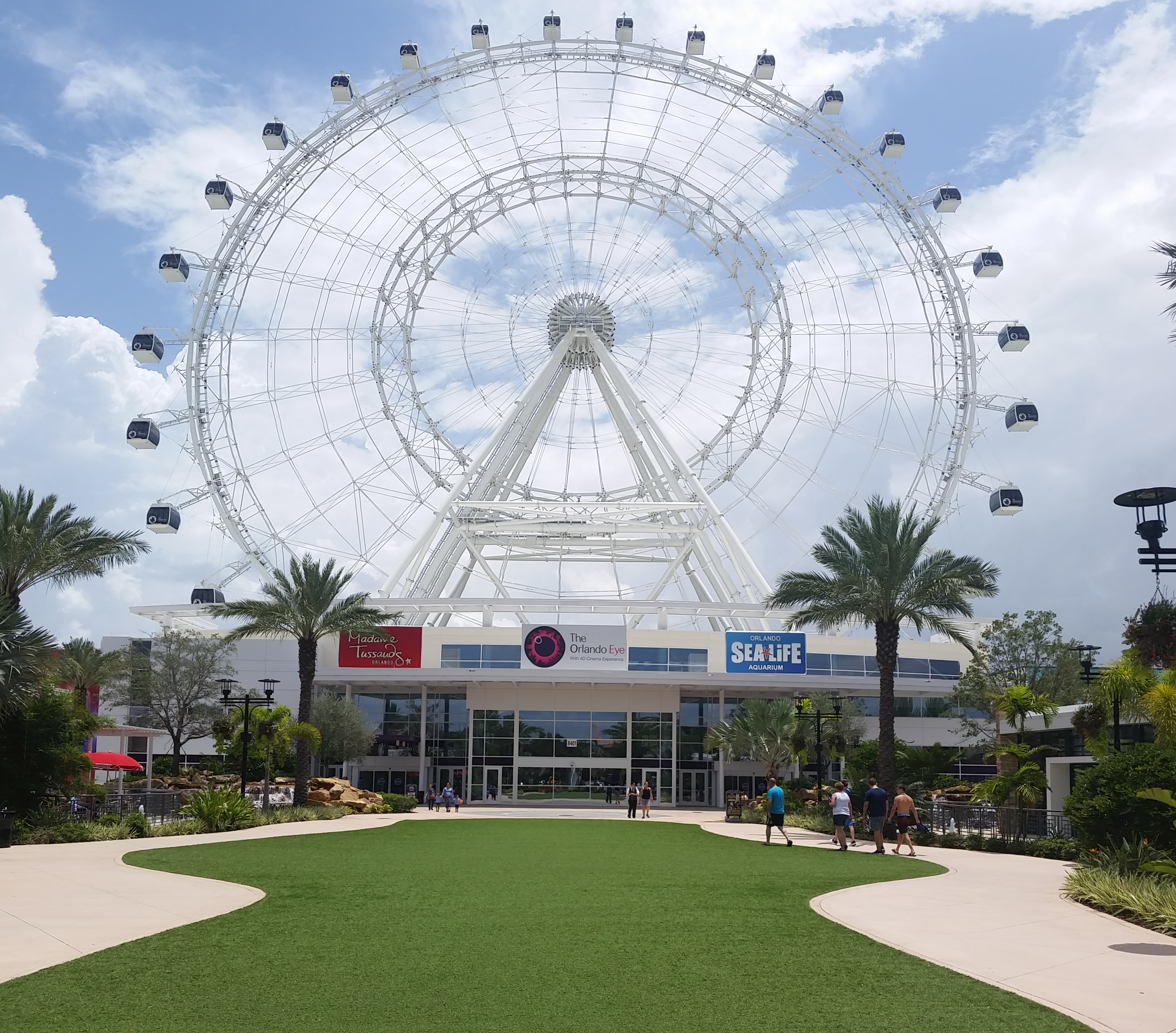 Orlando Eye Shown from International Drive