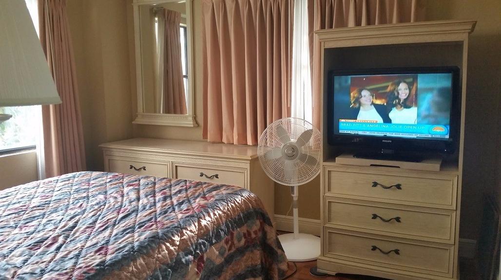 2202 master bedroom